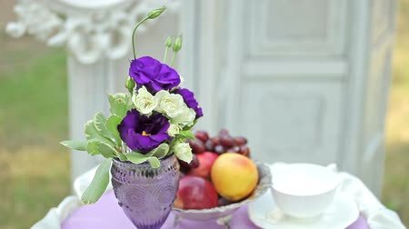 формальный : Bouquet of wedding flowers, still life Стоковые видеозаписи