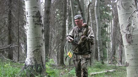 oklar : Bowhunter in Action
