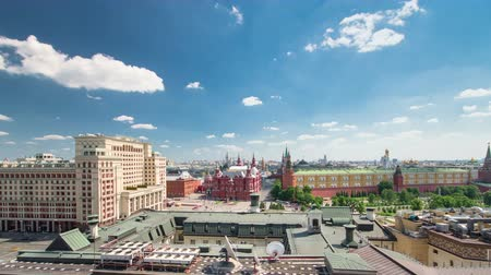 kreml : Panorama to Manezh Square, Hotel Moscow, historical Museum and Kremlin timelapse at cloudy summer day from top in Moscow, Russia. 4K