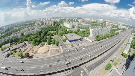 subdivisão : Top view of Traffic on the elevated road timelapse overpass on Yaroslavl highway in Moscow, Russia fisheye 4K