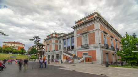 cegła : Entrance to the National Museum of the Prado timelapse hyperlapse. Spain, Madrid