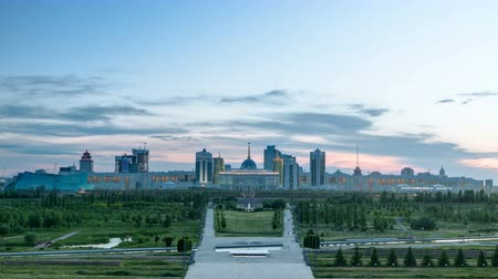 polinésia : Panorama of the Astana city day to night timelapse and the presidents residence Akorda with park Stock Footage