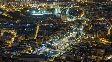 Каталония : View of Barcelona night timelapse with Square Statute from Bunkers Carmel. Catalonia, Spain. Стоковые видеозаписи