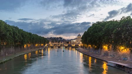 rzym : Rome, Italy: St. Peters Basilica, Saint Angelo Bridge and Tiber River after the sunset day to night timelapse hyperlapse Wideo