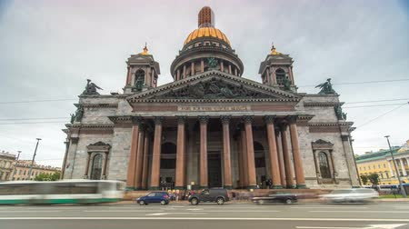 isaac cathedral : St. Isaac Cathedral timelapse hyperlapse in Saint-Petersburg, Russia. Sityscape
