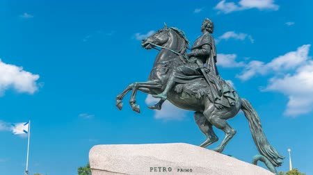 dourado : Monument of Russian emperor Peter the Great, known as The Bronze Horseman timelapse, Saint Petersburg , Russia