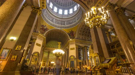 csillár : Interior of Kazan Cathedral with people timelapse. SAINT PETERSBURG, RUSSIA
