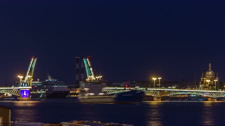 открытка : The Blagoveshchensky Annunciation Bridge timelapse during the White Nights in St. Petersburg, Russia