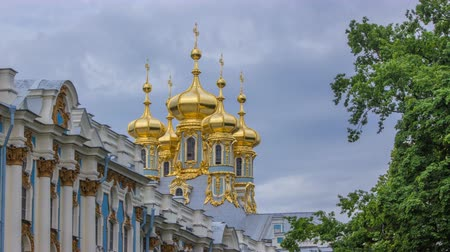 nobreza : Catherine Palace with Church of the Resurrection timelapse.