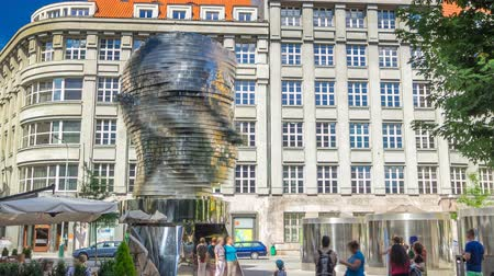 gigantikus : Monument of Franz Kafka timelapse in form of gigantic head with rotating segments. Prague, Czech Republic. Stock mozgókép