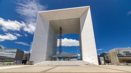 arche : The Grande Arche timelapse hyperlapse in the La Defence business district of Paris, France. Stock Footage