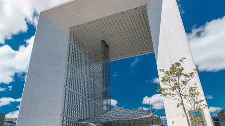arche : The Grande Arche timelapse in the La Defence business district of Paris, France. Stock Footage