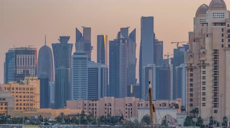 arábie : View from Katara Beach timelapse in Doha, Qatar, towards the West Bay and city center Dostupné videozáznamy