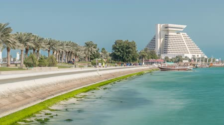 splendid : Dohas Corniche in West Bay timelapse, Qatar.