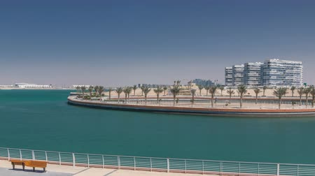 meio dia : The Yas Island Beach Area and Al Dana timelapse. Vídeos