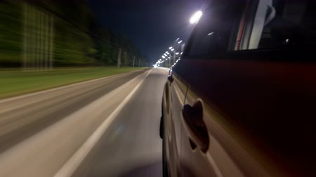 asfalt : Drivelapse from Side of Car moving on a night highway timelapse hyperlapse Wideo