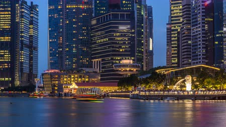 jubileu : Stunning twilight view of Singapore city cityscape skyscrapers day to night timelapse