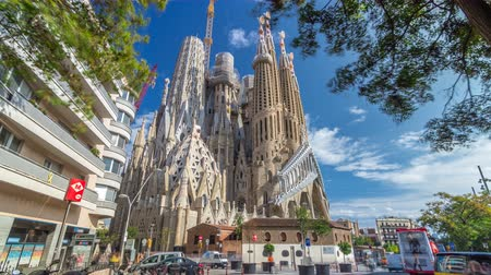 modernist : Sagrada Familia, a large Roman Catholic church in Barcelona, Spain timelapse hyperlapse