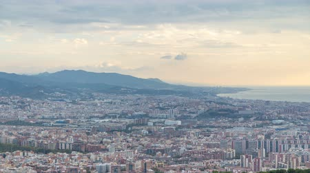 paralelo : Panorama of Barcelona timelapse, Spain, viewed from the Bunkers of Carmel Vídeos