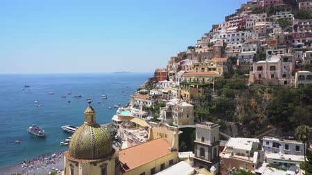 amalfi : Positano houses on the rock - famous old italian resort, Italy Stock Footage