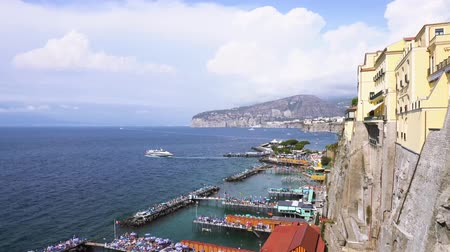 view of port of Sorrento of Sorrento timelaps, southern Italy Stok Video