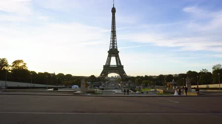 Eiffel Tower from Trocadero at early morning, Paris, France Stok Video