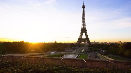 eifel : Eiffel Tower from Trocadero with rising sun, Paris, France, timelaps