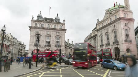lapse : time lapse of busy traffic at picadilly circus