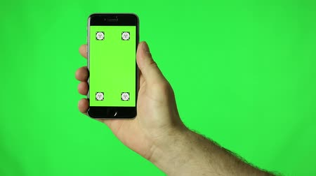 применения : Smartphone touchscreen tap, swipe and spread hand gestures on green screen