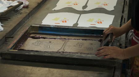 printings : Technic process manual silk screening.