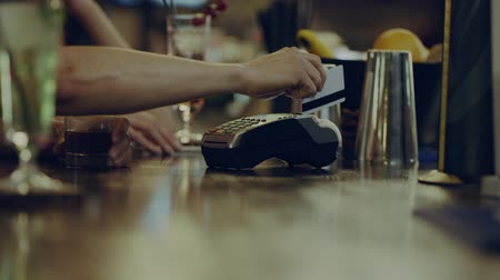 payment : bartender gives a Terminal for payment