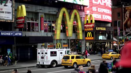 bilboard : Shot of McDonalds on Times Square at daytime