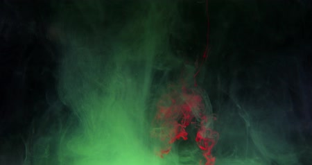 растворение : Acrylic colors and ink in water. Abstract frame background. Isolated on black background.