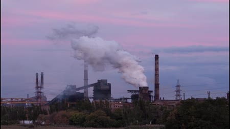 стек : Time-lapse video of air pollution. Steel works
