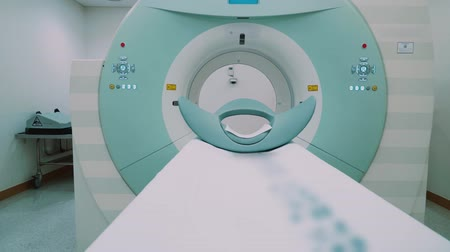 カラット : Room with white magnetic resonance tomography for examination of the human body close-up