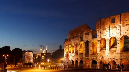 rzym : Colosseum at sunset. Rome, Italy. Time Lapse