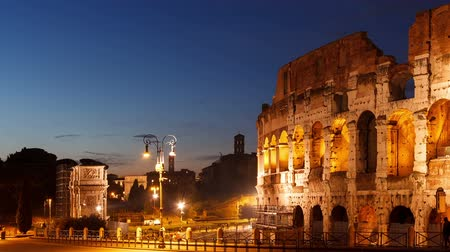 roma : Colosseum at sunset. Rome, Italy. Time Lapse