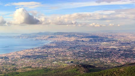neapol : Over Naples. Zoom. Italy. TimeLapse. UltraHD 4K Wideo