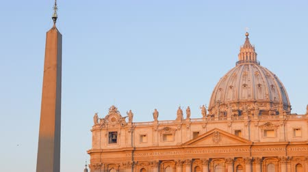 watykan : St. Peters Basilica, morning, Rome, Italy.
