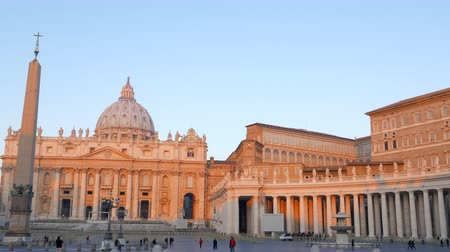 vatikan : St. Peters Basilica, at sunrise. Vatican, Rome, Italy. UltraHD 4K