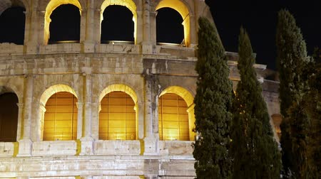 roma : Night Coliseum. Rome, Italy Stok Video