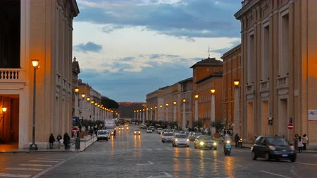 watykan : Via della Conciliazione, Evening. Rome, Italy - February 26, 2015: One of the most important streets of Rome. Located in the Borgo. UltraHD 4K