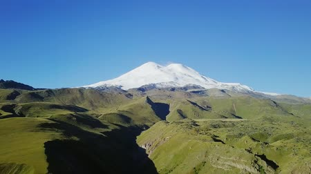 ágil : Elbrus from the north in the summer. Aerial view. Kabardino-Balkaria, Russia, From Dron, Point of interest