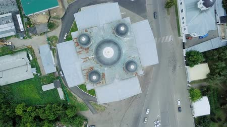православие : View of the Resurrection Cathedral from above. Arzamas, Russia, From Dron, HEAD OVER SHOT with rotation Стоковые видеозаписи
