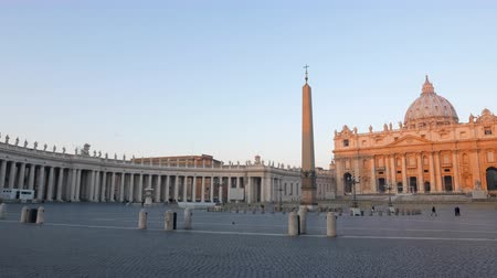 obelisco : Piazza San Pietro, at sunrise. Vatican, Rome, Italy