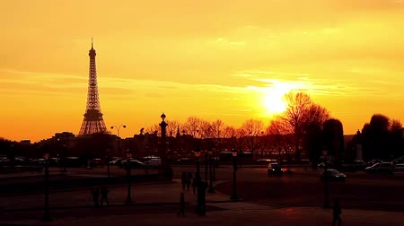 francja : Its sunset and paromanic view of Paris Wideo
