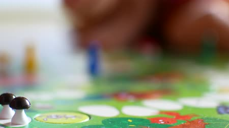 peril : Board games for kids rotates.