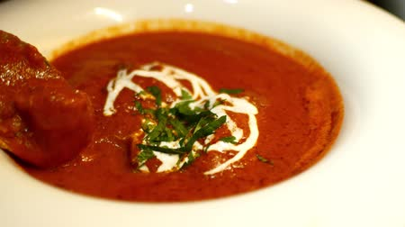 chili : Hot and sour red curry. Indian Cafe Stock mozgókép