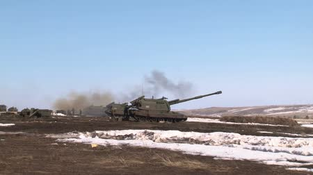 rocket launcher : Shot of Russian army 2S19 Msta-S self-propelled howitzer