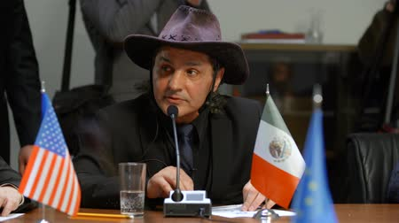 jelentette : The representative of Mexico reported on the reduction of drug trafficking in the region Stock mozgókép